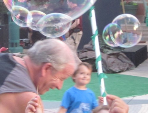 Bella Luna Cirque and the Bubble Storm at the Westminster Promenade