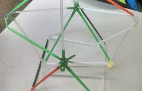 Spinning Ferris Wheel is easy to disassemble, and Stretch-a-Straws®  are fully reusable over, and over again!.