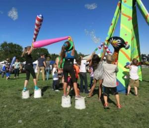 Broomfield Days 2016, bop those Bubbles